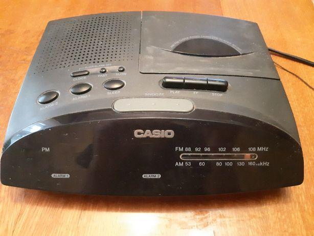 Продам настольные часы, радиоприемник кассетный будильник CASIO RT-201