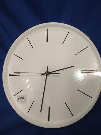 Разные настенные часы