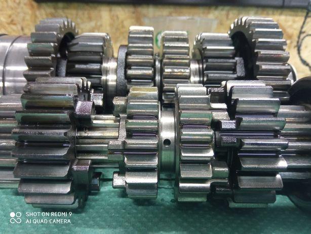 Honda 900rr sc 28 fireblade skrzynia biegów części