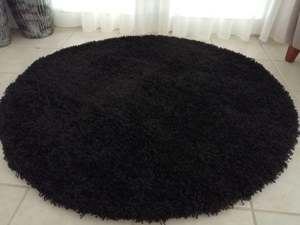Carpete redonda preta (diâmetro 1.20)