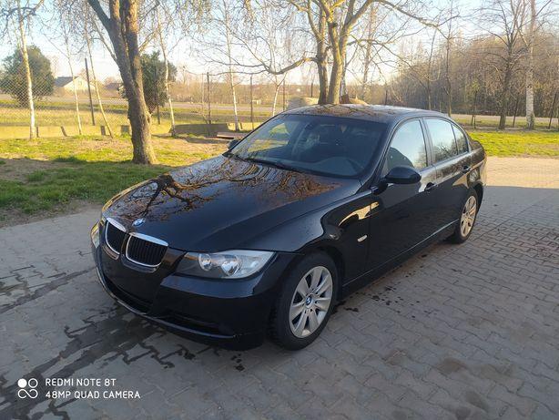 BMW E90 seria 3 320i