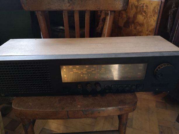 Radio UNITRA Taraban działające , stan dobry możliwość transportu !