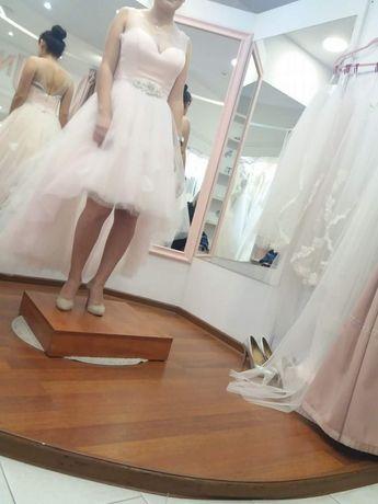 Suknia ślubna lub poprawinowa dla Panny Mlodej