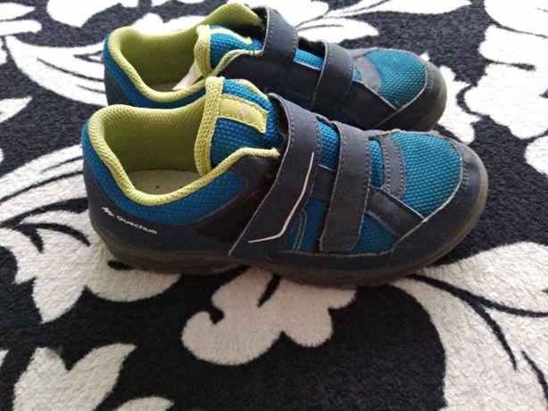 кроссовки Quechua р 33 стелька 21 см