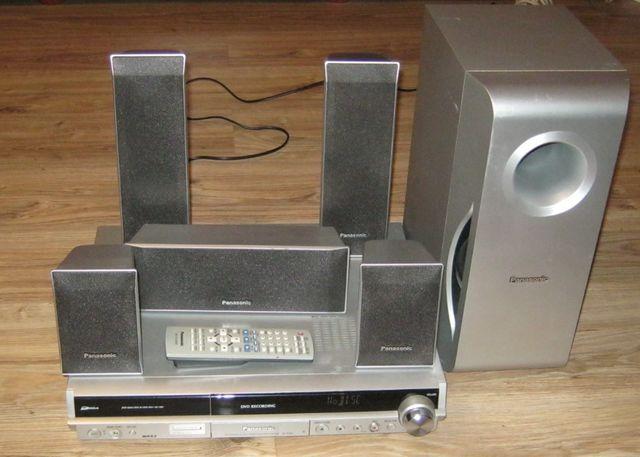 Panasonic Zestaw kina domowego 5.1 SA-RT30