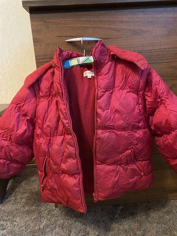 Десткая красная куртка безрукавка 2 в 1