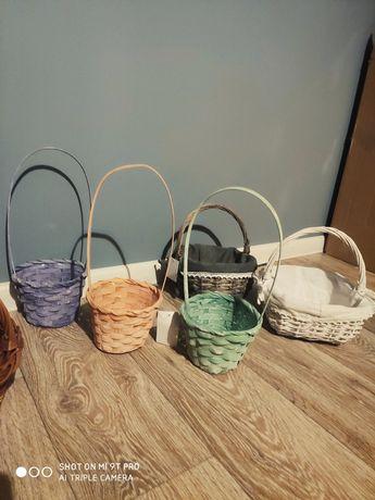 Koszyk kolorowy pastelowy wiosna święta Wielkanoc