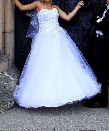 Suknia ślubna biała, w kształcie A, rozmiar 38-40