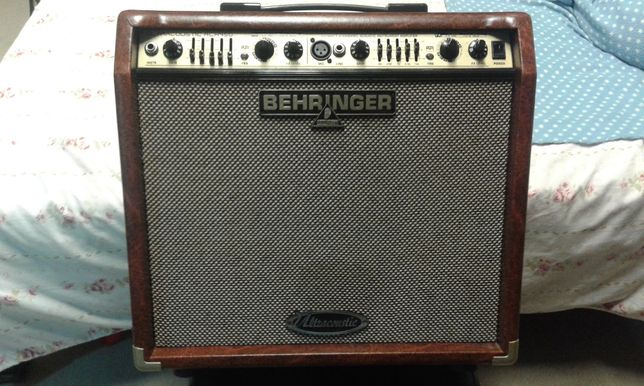Amplificador guitarra acústica Behringer 45W 2 Canais