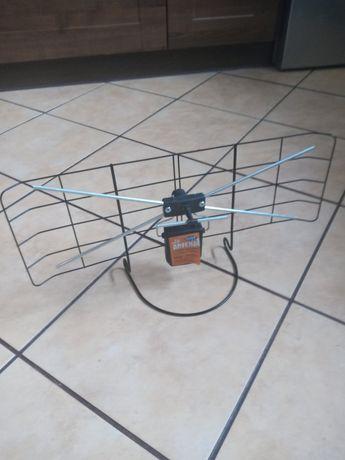 Sprzedam antene pokojowa.