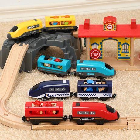 Паровозик + 2 вагончика, потяг, для дорог Ikea, Brio, Playtive..