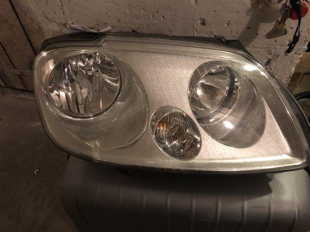 Lampa przednia lewa VW Caddy