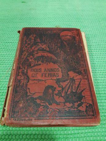 Livro antigo - Júlio Verne