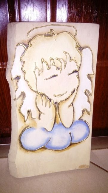 Anioł obrazek ręczna robiony na drzewie