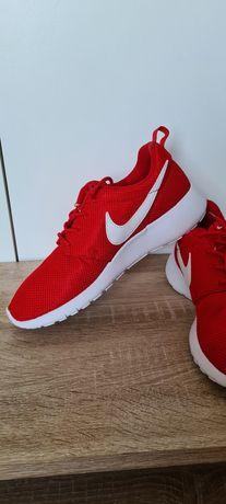 Nowe Nike Tanjun Run czerwone miękkie elastyczne r 38 24 cm