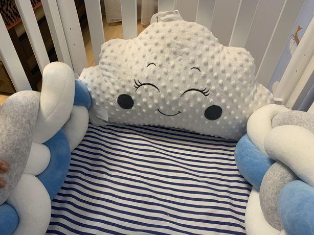 Бортик в кроватку коса и 4ех и подушка облако