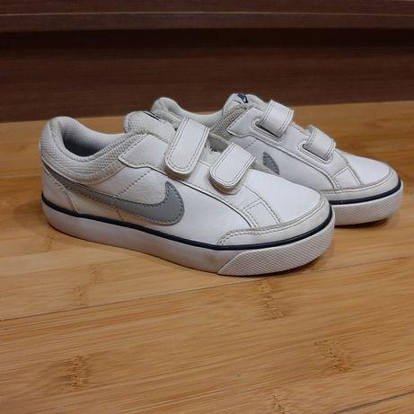 Nike białe na rzep r30