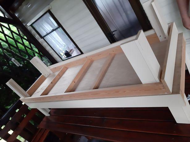 Łóżka do domku Holenderskiego