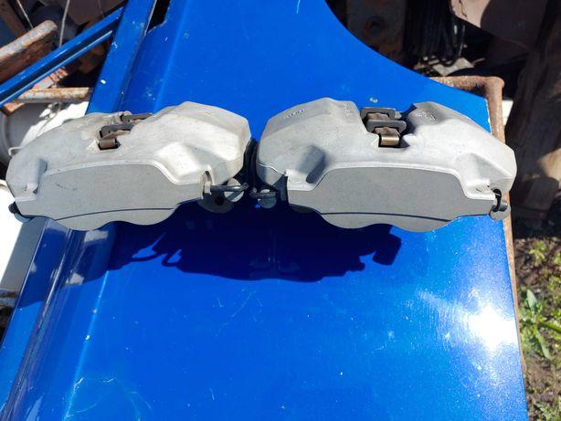 Суппорта на БМВ 540i ,G30 , F90 с дисками  колодками