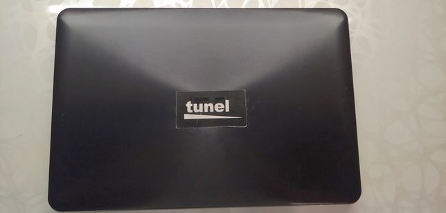 Ноутбук Asus на core i5 і GeForce 920 M 2gb