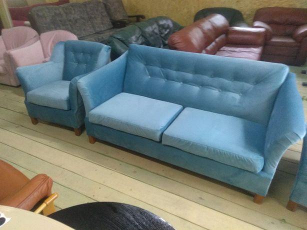 Набір диван і 2 крісла з Швеції
