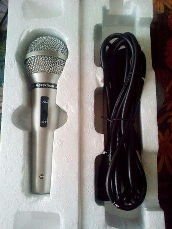 Микрофон караоке [Meredian MC-810 PROFESSIONAL]