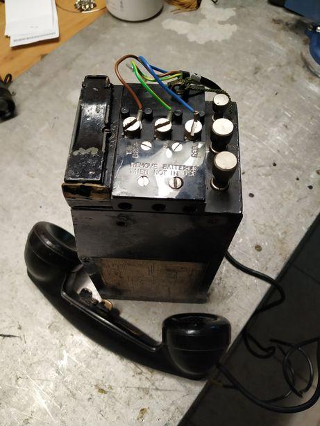 Telefone militar com rolo fio e bolsa