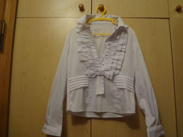 Школьная блузка с бантом