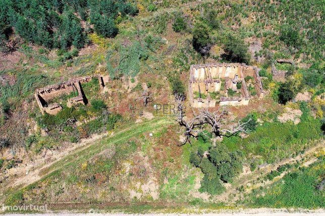 Terreno com Ruina  - Monchique