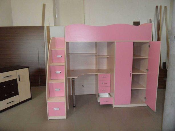 Детский комплекс (стол,кровать.шкаф)
