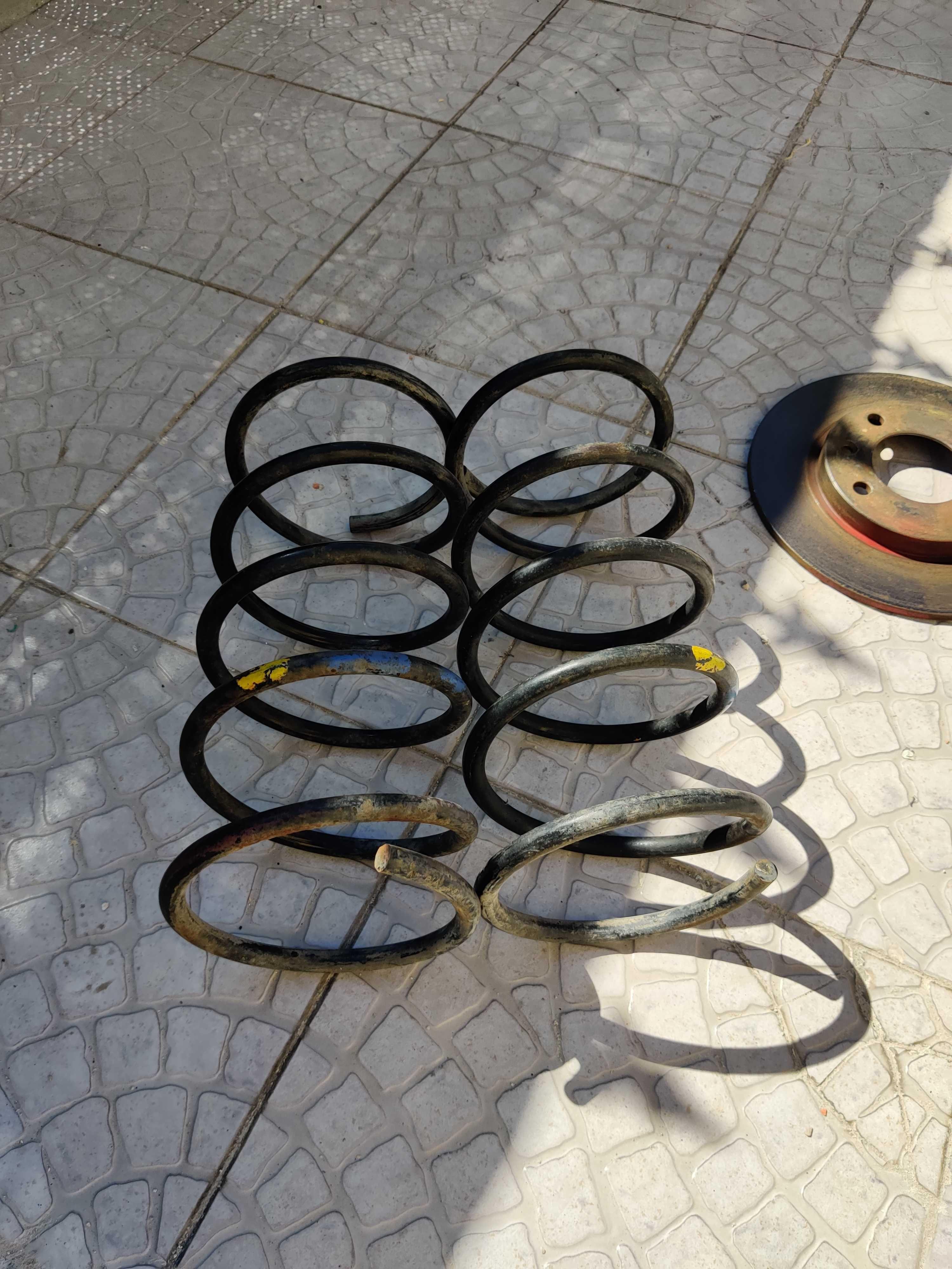 Molas originais Saxo Cup / 106 gti