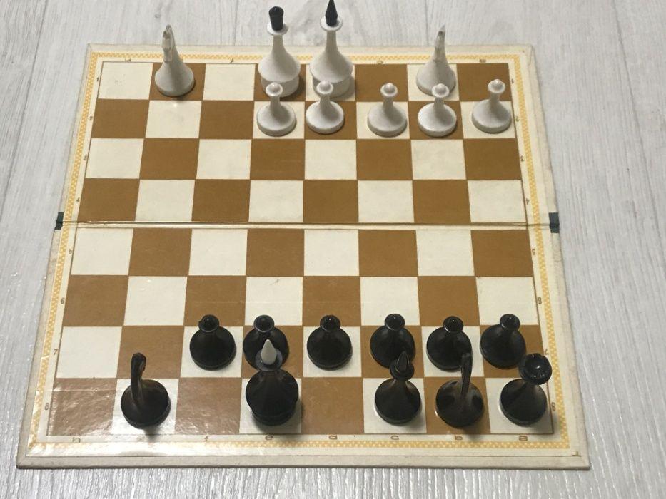 Некомплект пластмассовых, шахматных фигур. Днепр - изображение 1