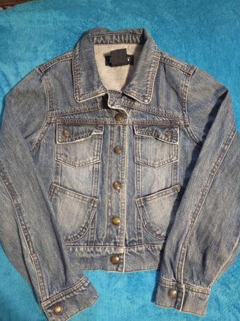 Куртка для девочки- подростка.