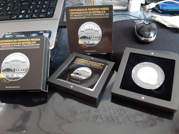 Moeda excêntrica em prata e ouro de 2.5 euros. ENVIO GRÁTIS.