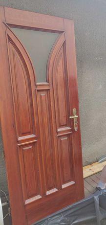 Eleganckie drzwi zewnętrzne drewniane i  masywne rozm. 90