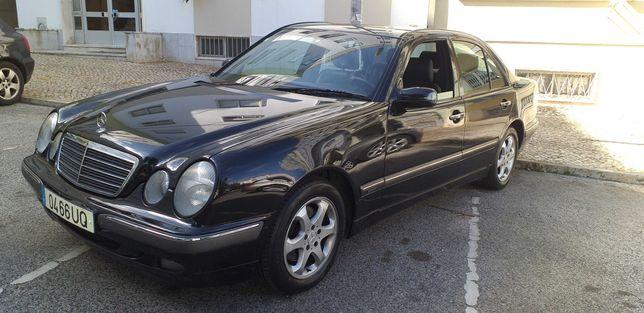 MercedesBenz E 270 Cdi Elegance (Estimado).Cx.Aut. 172cv. (W210).