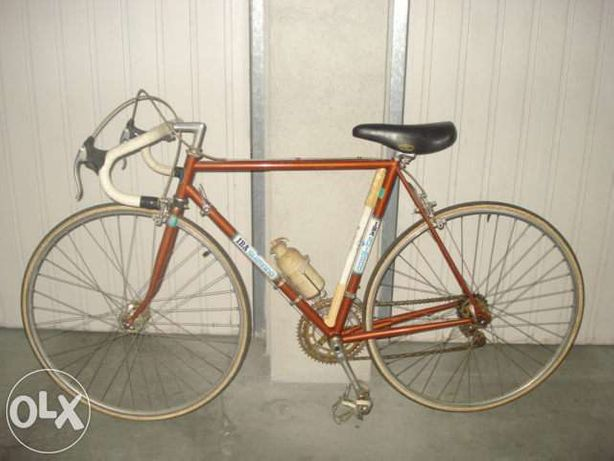 Bicicleta Shimano de estrada em bom estado