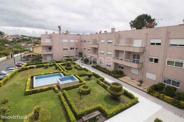 Apartamento T1+1 Renovado Pedroso • Vila Nova De Gaia