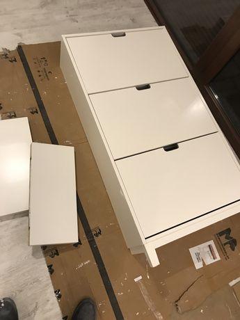 Przedpokój Ikea - Meble: duża szafka na buty, 2 wieszaki, 2 półki