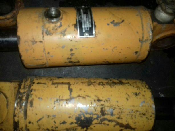 Цилиндр гидравлический БДС 79909-70