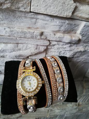 Zegarek damski z bransoletką, złoty, miedziany