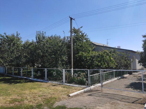 Продам дом по ул. Гагарина (с. Шевское, Магдалиновский район)