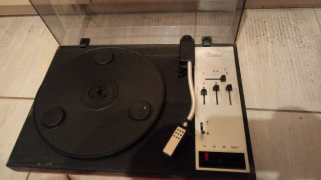 Gramofon PRL Harwood 3