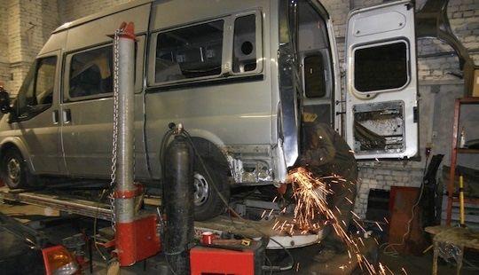 Автосервіс Сто мікроавтобус ремонт зварювальні роботи буси зварка