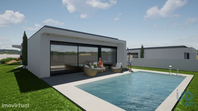 Moradia - 295 m² - T4