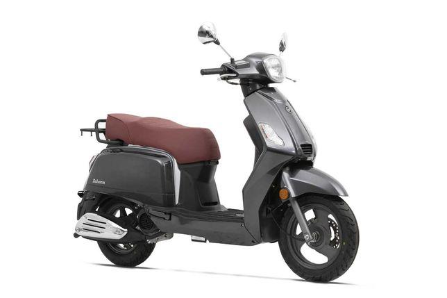 Scooter Keeway zahara 125 CC, 2000kms como nova, Agosto 2020