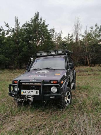 Нива 2121 2001г.в.