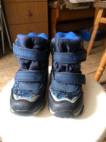 Зимові чоботи для хлопчика фірми Тom.m