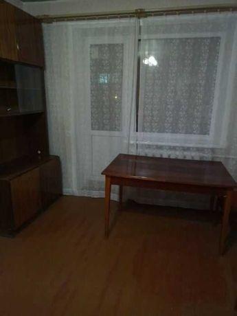 Продам 2 комнатную квартиру на П. Поле пр. Науки м. 23 Августа. S5