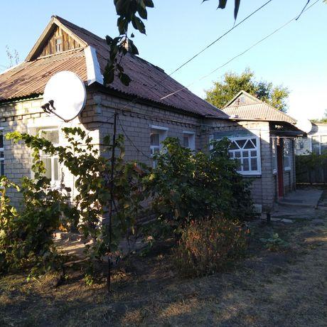 Продам дом с огородом и садом